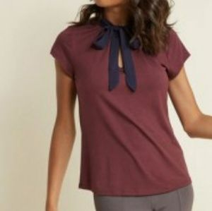 Tie front blouse🛍firm price 💟